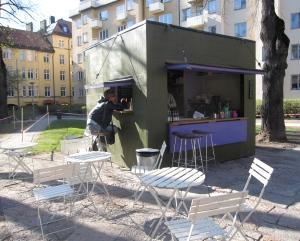 axela-kiosk-304-2009